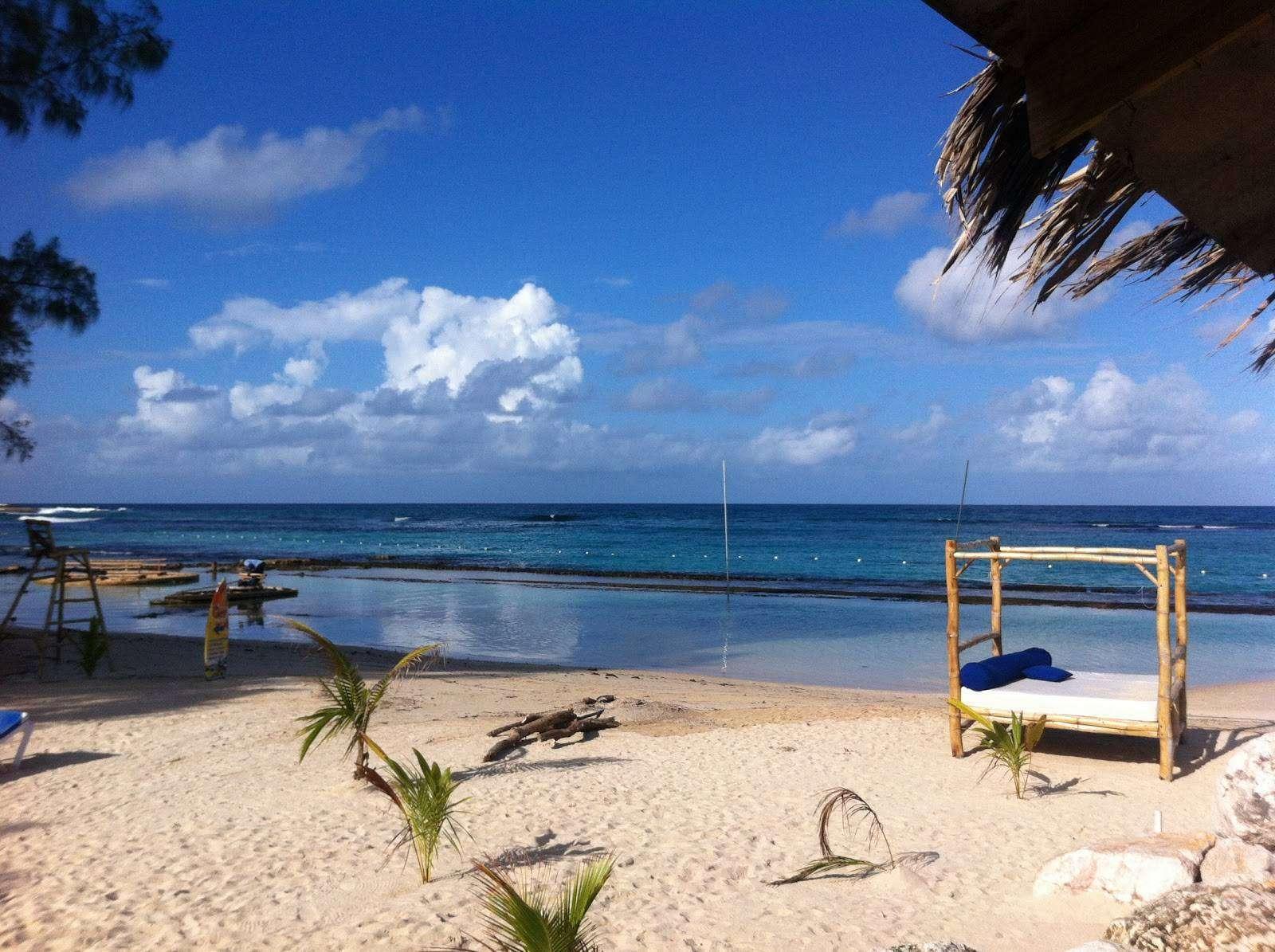 bamboo-blu-beach-rocket-man-jamaica-water-sport